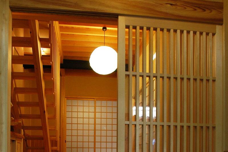 自然素材 木の香り漂う 玄関