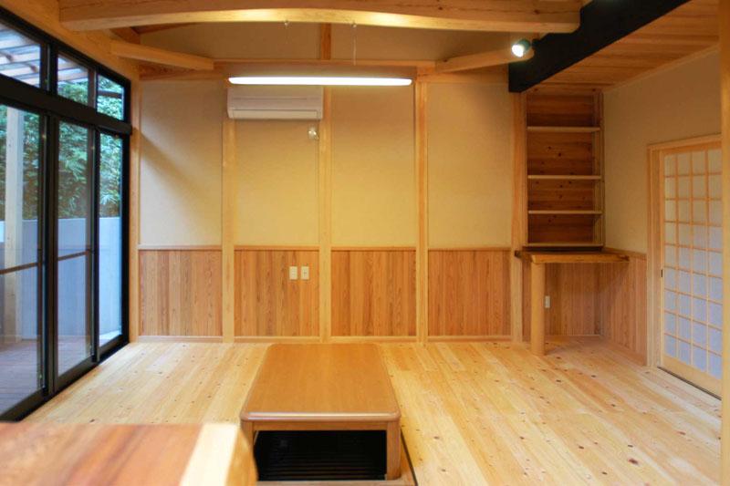 自然素材 無垢の床 リビング